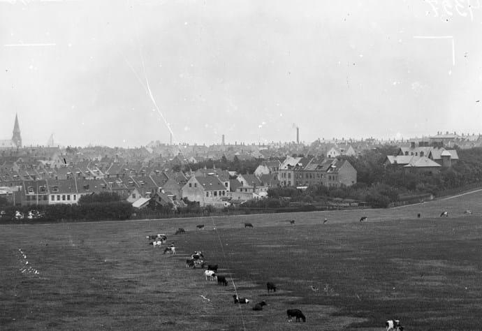 På billedet ses den nye bydel Frederiksbjerg fotograferet i 1898